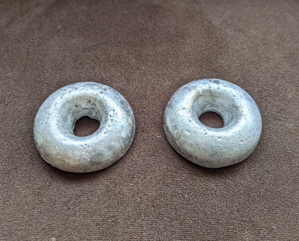 Aluminium donuts.